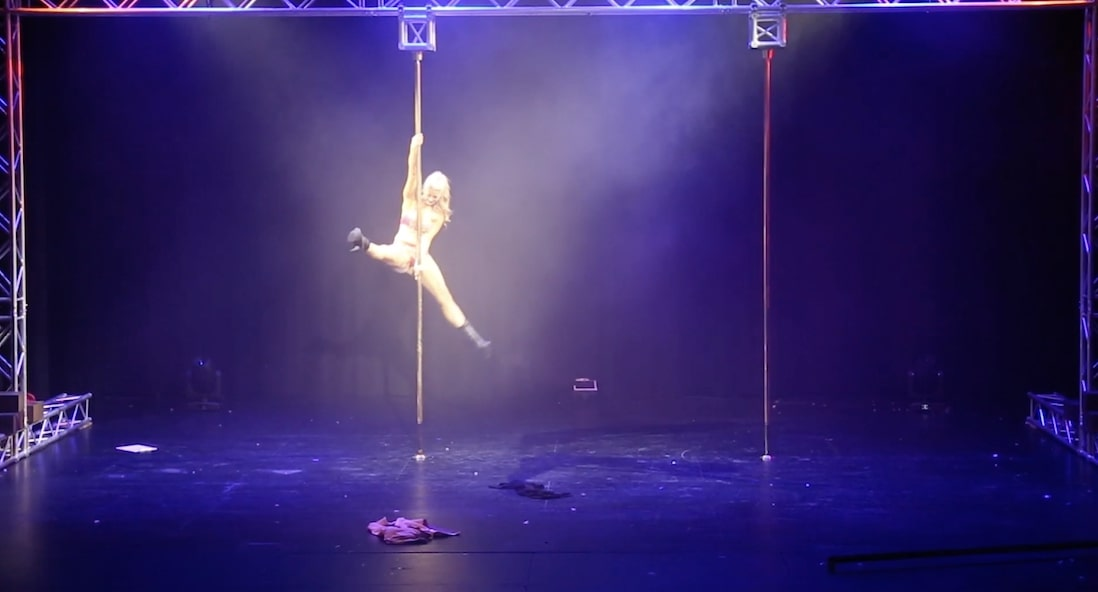 video image of performance at Shine Pole competition in Ringwood at Karralyka theatre, pole fitness, pole dancing